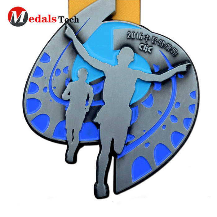 Factory price `3d logo metal running old sport medals