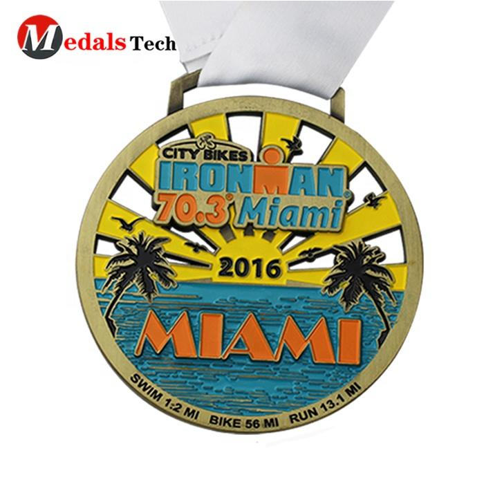 Gold plated custom metal challenge finisher race 5K running medal with ribbon