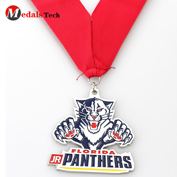 Cheap custom 3d tiger shaped made metal souvenir medals
