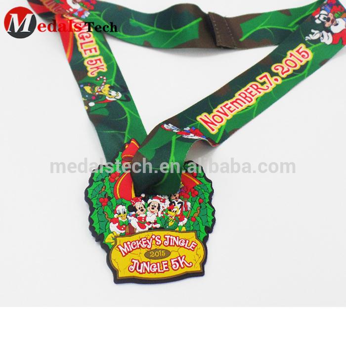 Self-designed Kids Gift Cheap plastic PVC sport medals for marathon