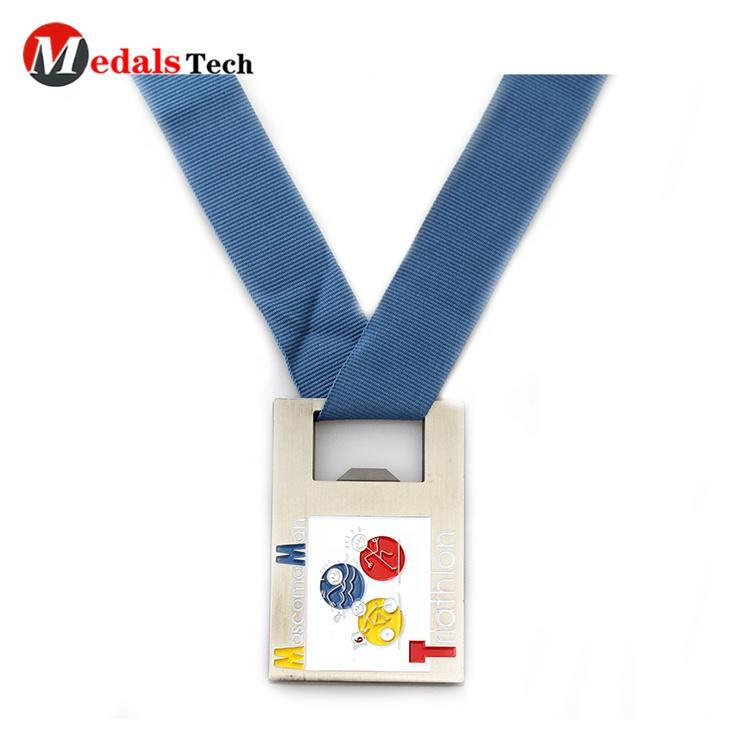 Creative cute cartoon balloon shape engraved logo cheap zinc alloy award running custom kids medals