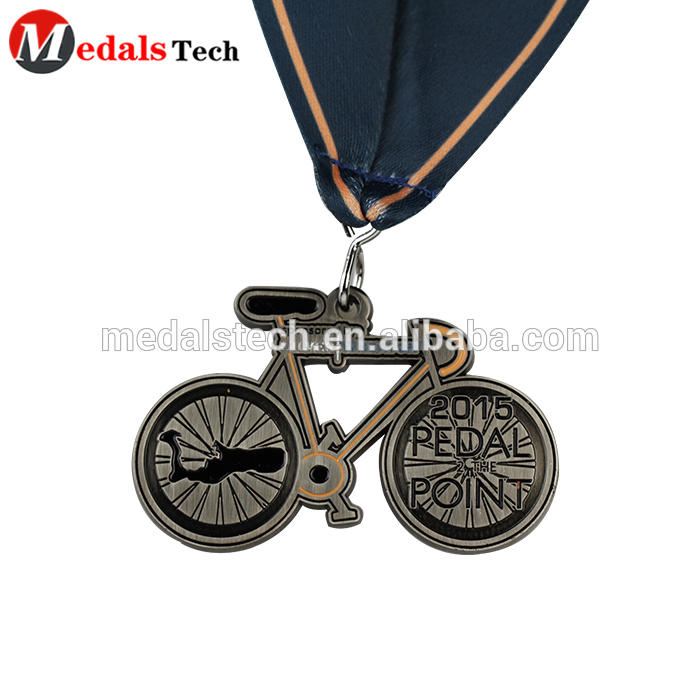 Cheap custom hallow out spinning double plating sport military award medallions medals custom medal running