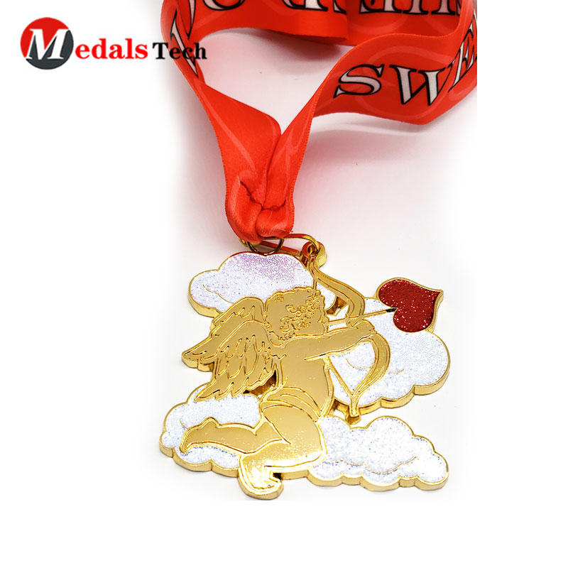 Shenzhen Supplier customized glitter Cupid shape Valentine's Day couple challenge marathon shiny gold die cast custom medals