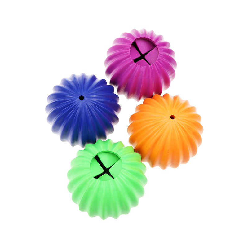 Innovative new design teeth cleaning ball, bite resistant indestructible dog food snacks leak pet dog toys. Can be customized.
