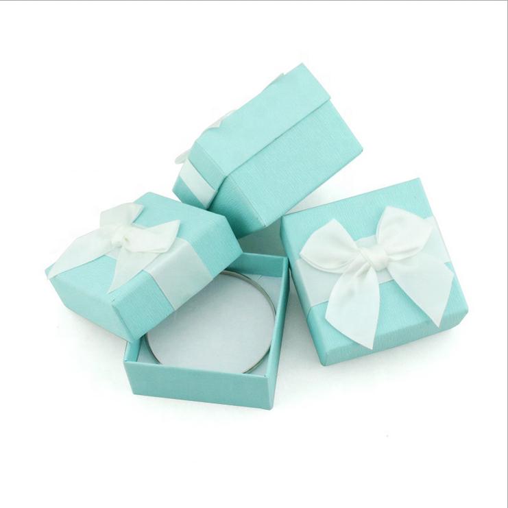 ColoredRigid Cardboard Box Custom Logo Luxury Paper Gift Box With Insert