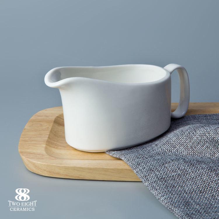 wholesale hotel restaurant Crockery tableware white porcelain 190ml gravy boat
