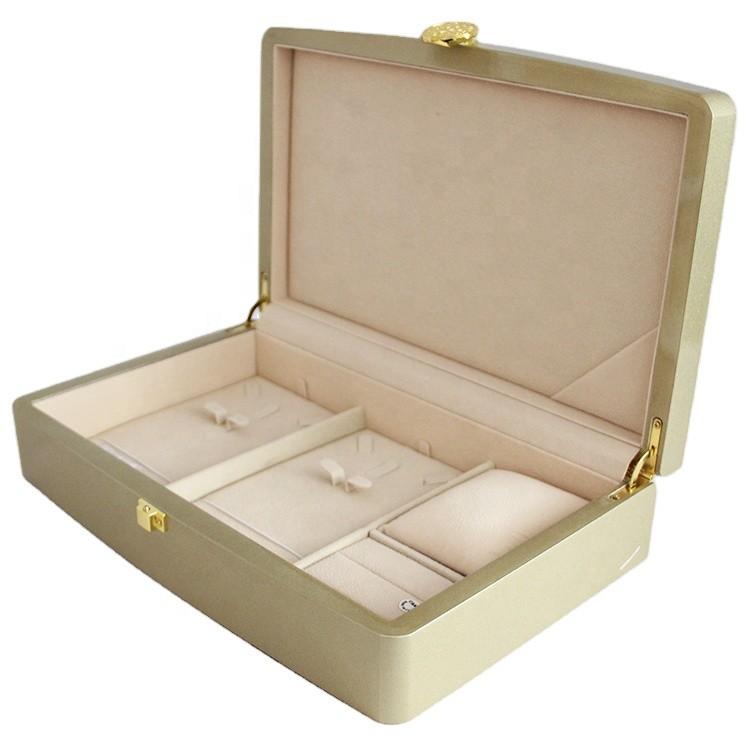 wholesale golden color unique personalized luxury acrylic gift boxes packaging 31.5x19.8x7cm