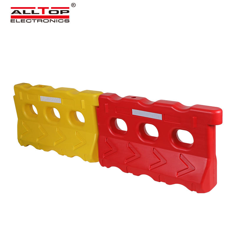 ALLTOP Hot Sale Blowing Plastic Road Safety Water Filled Traffic Barrier