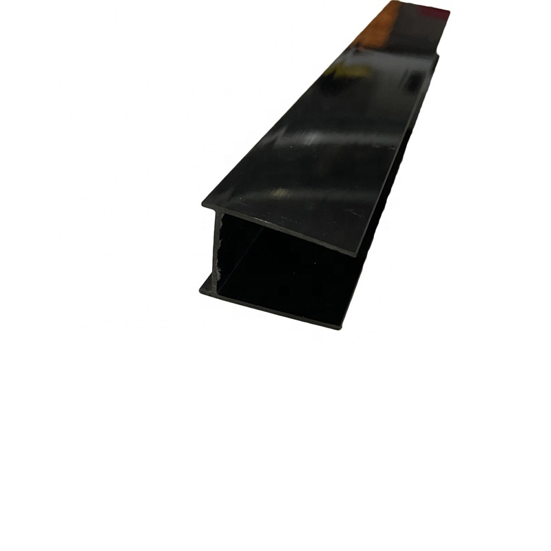 Plastic Extrusion Edging strips used for packing foamin the construction sites