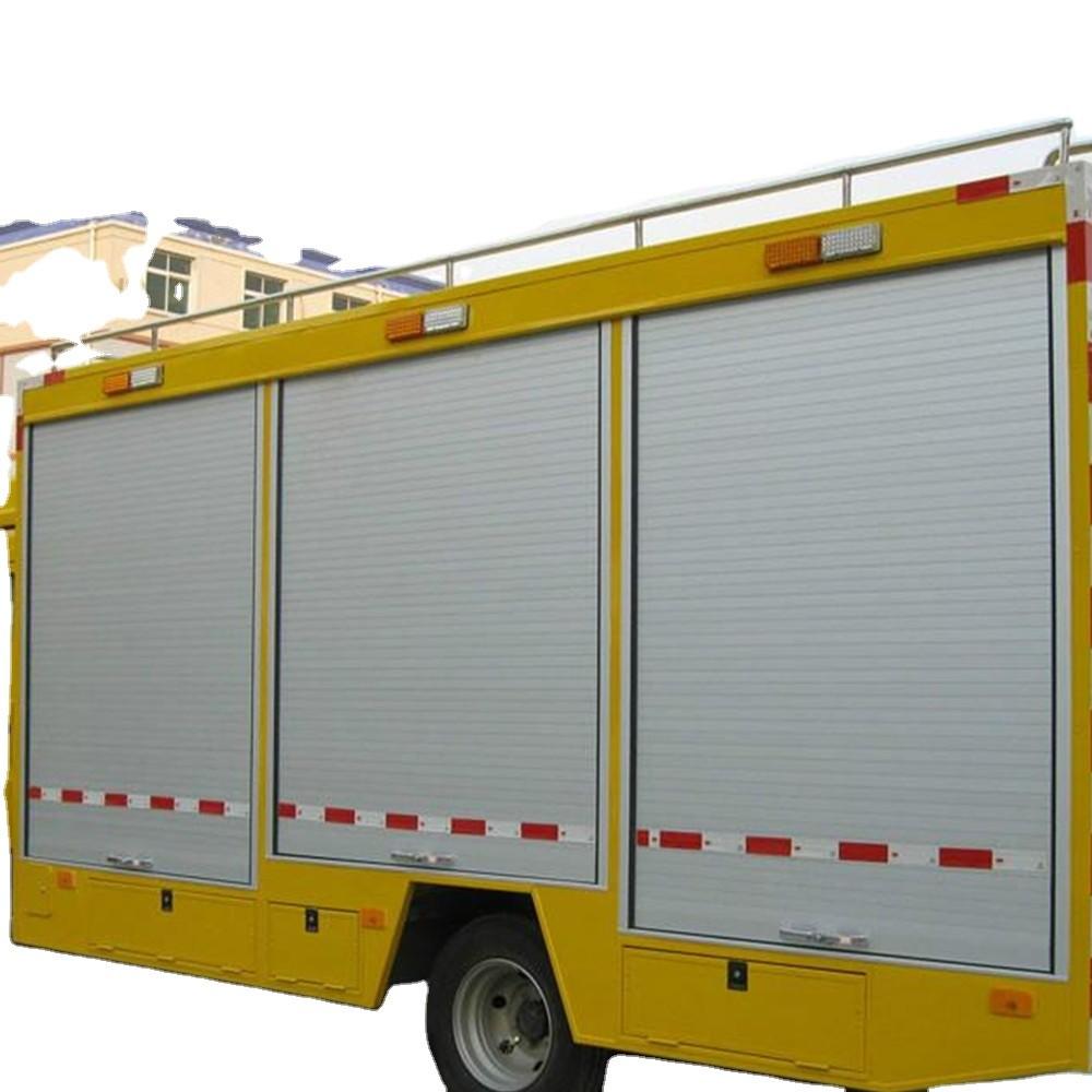 Aluminium roll up door for rescue vehicle