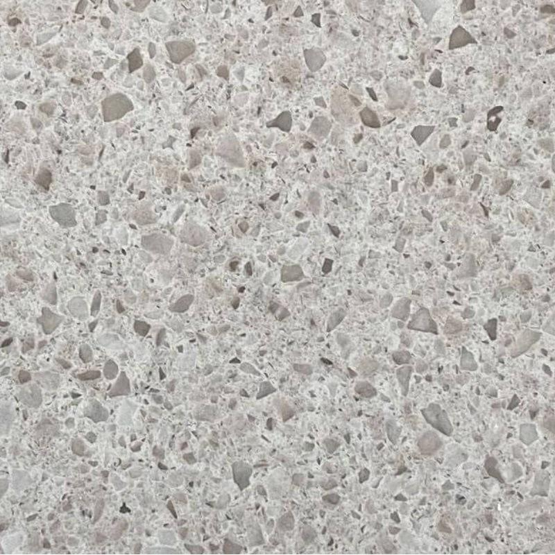 Dark Amber Crushed Glass Chips for Quartz Surface Slabs Used in Bathroom Vanities