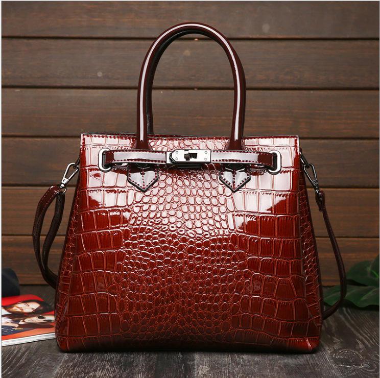 Fashion Crocodile Pattern Ladies Buckle Handbags 2020 Luxury Handbag Women Bags Designer Large Capacity Women Shoulder Briefcase