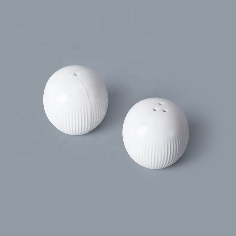 New Design Hotel Ware Porcelain Salt Shaker Salt Pepper Shaker, Salt And Pepper Shakers For Banquet*