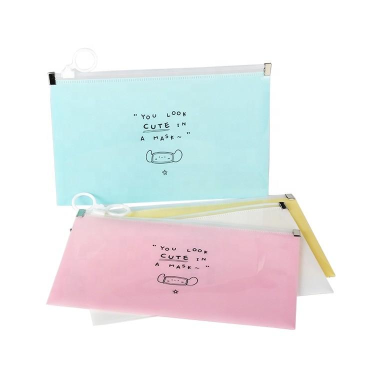 Stock Portable Multipurpose Keychain Slider Storage Zipper Bag Face masked Holder