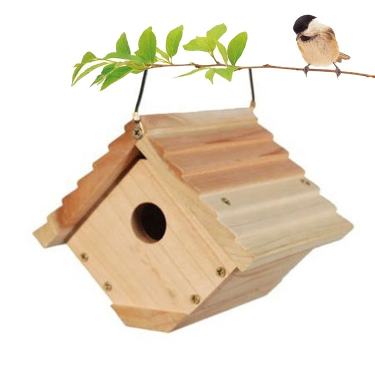 Low price easy clean customized wooden birdhouse kits easy to hang with attached cable from small branches or hooks