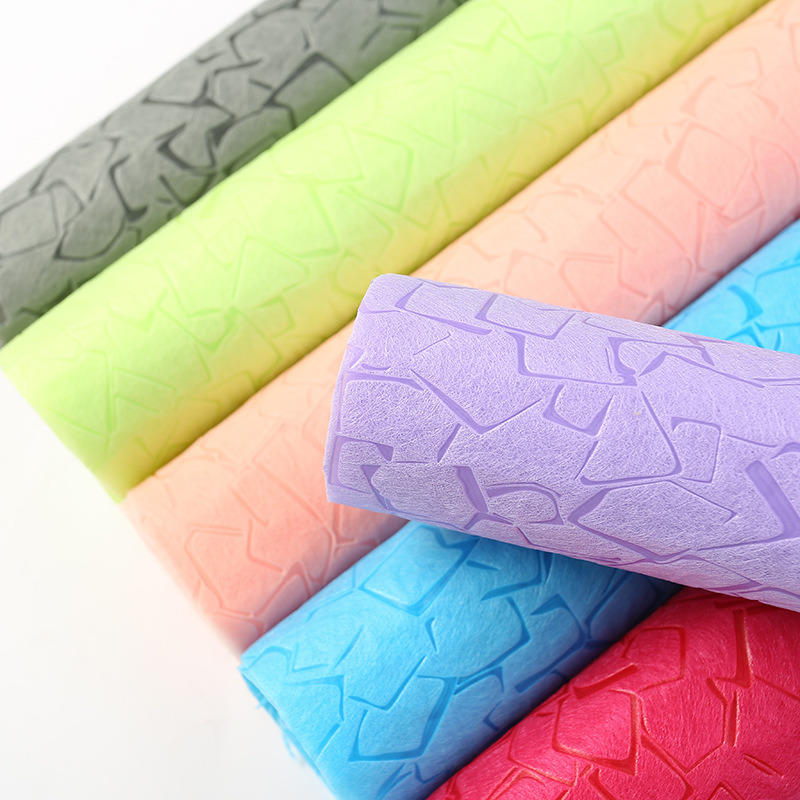 Embossed Spunbond Polypropylene Waterproof Nonwoven Fabric