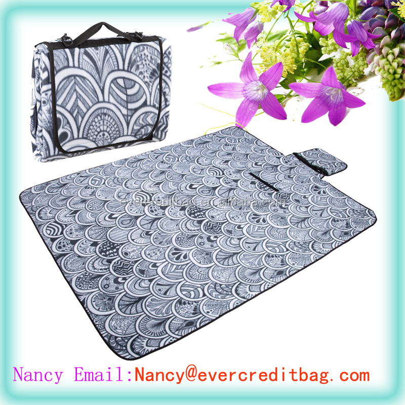 Picnic Outdoor Mats,Premium Floor Mat with Detachable Strap! Can Be a Camping Mat,Picnic/Beach Blanket For Travel, Hiking