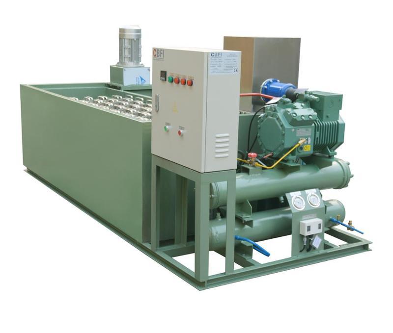 Agitator Instead of Water Pump commercial block ice maker