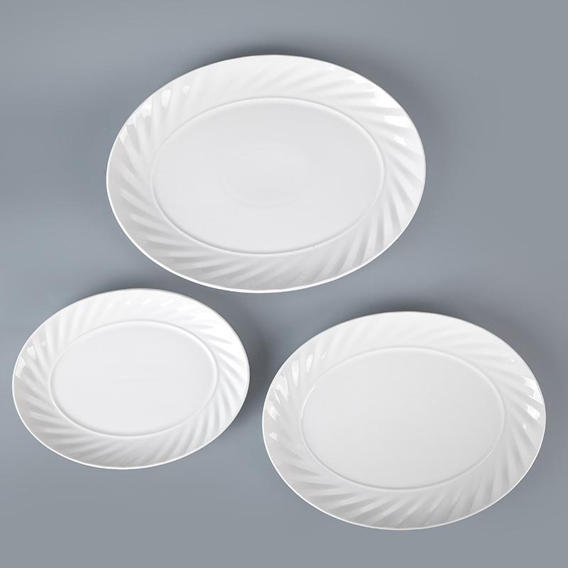 Special design wholesale dinnerware sets subtle linear design durable porcelain tableware hotel oval plate ceramic plate dishes