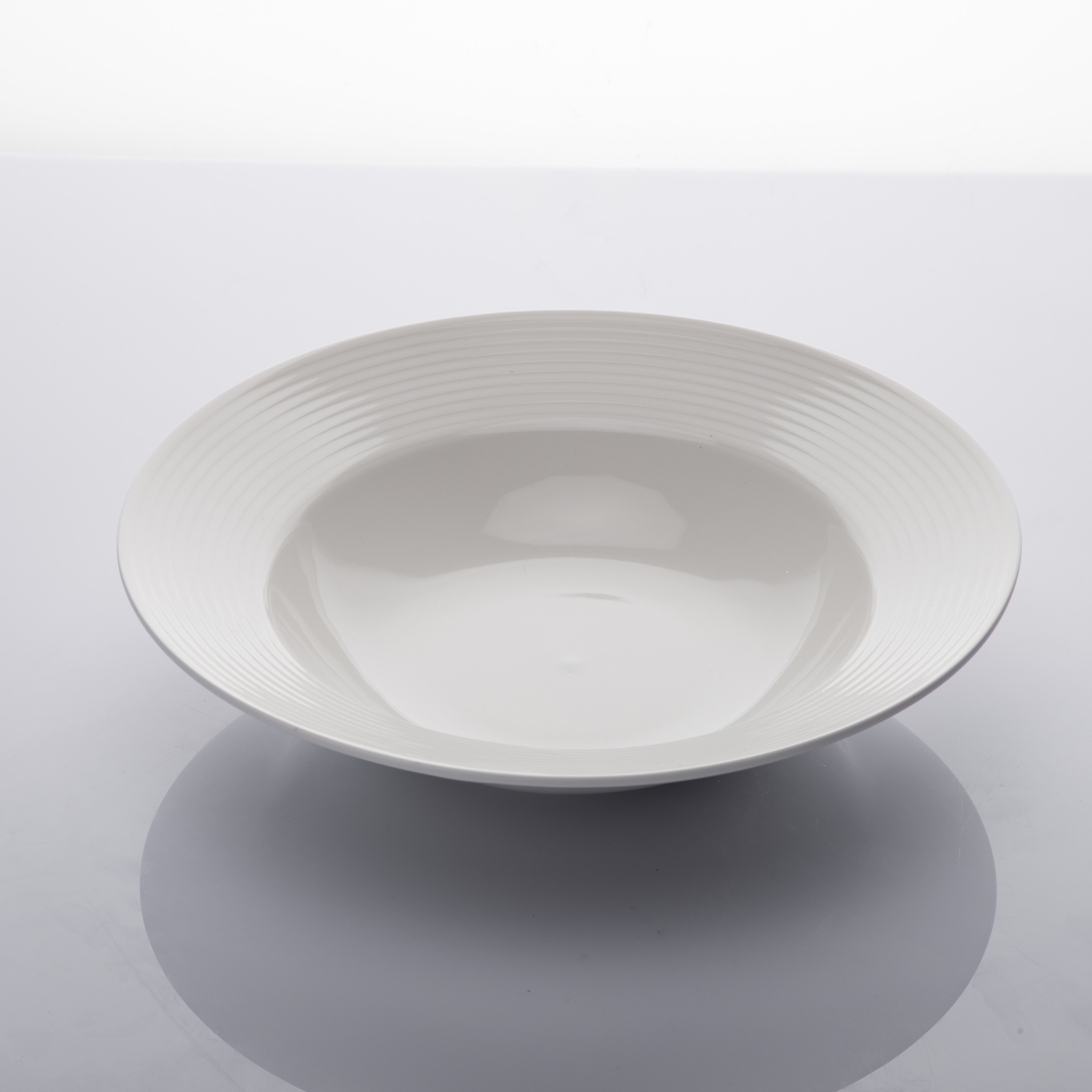 Luxurious Chaozhou Factory Bulk Dinner Plates Pasta Plate, Moden Strong Lounge Custom Ceramic Plate Coupe Bowl Deep