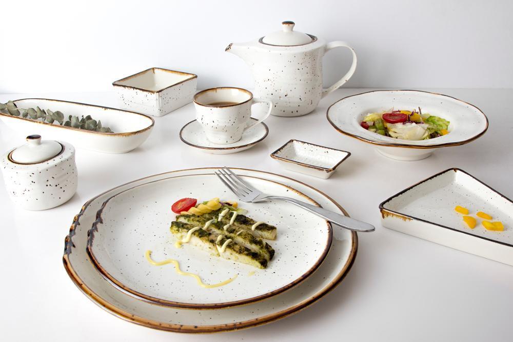 high quality color glaze hotel restaurant irregular plate dish with handle