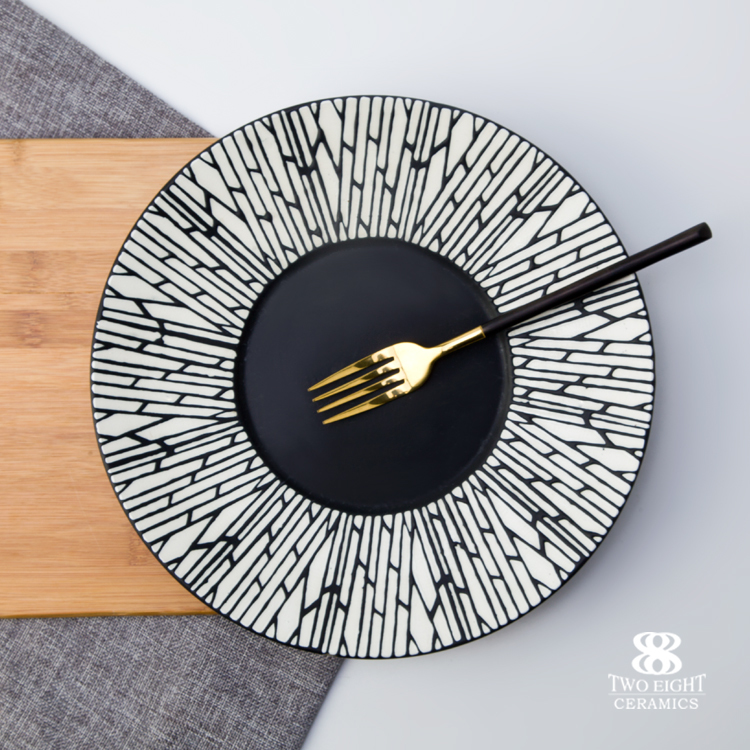 Wholesale bulk ceramic porcelain black plates for restaurant