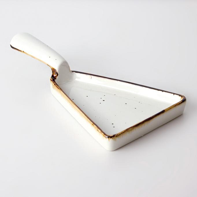 unique design dish restaurant triangle plate with handles