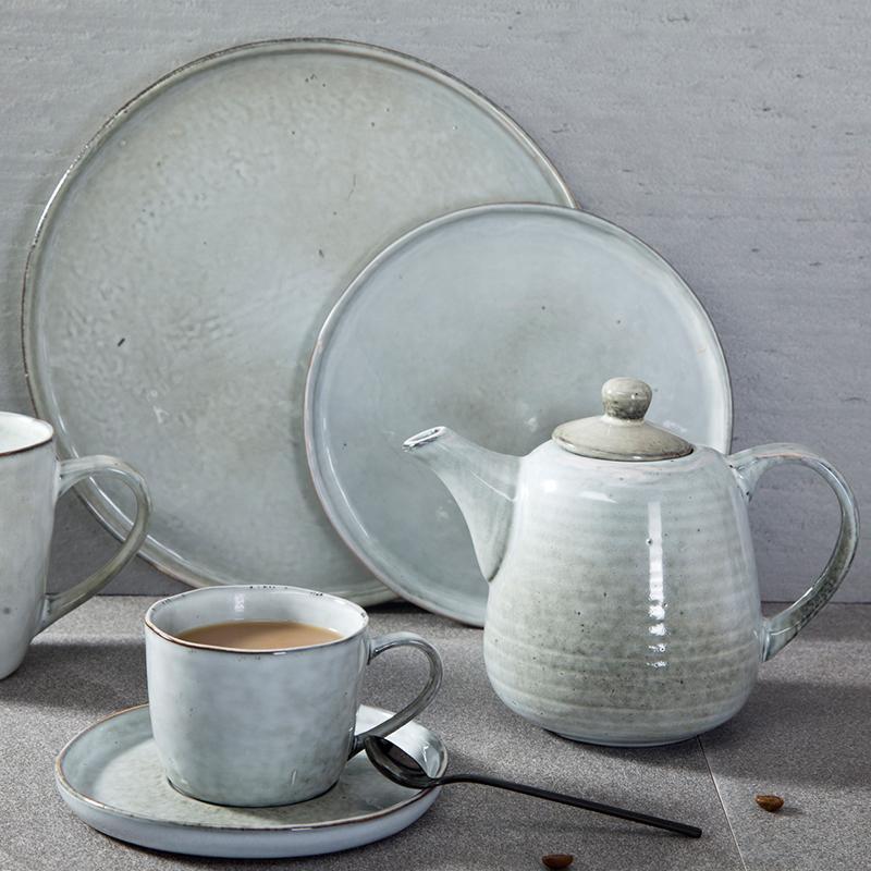 Fashional restaurant bar club event party serving color porcelain ceramics plates