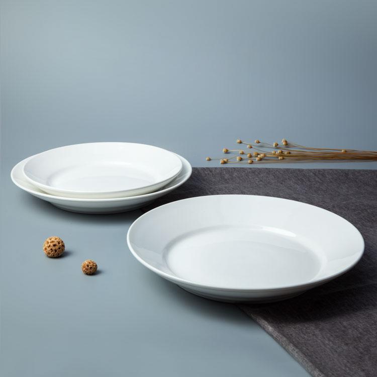 China Hotel Fournisseur, Blanc Ronde Service Assiette Restaurant Assiette En Porcelaine