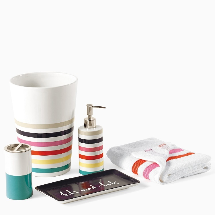 China Supplier Colorful Useful Plastic Bathroom Accessory Set for Hotel