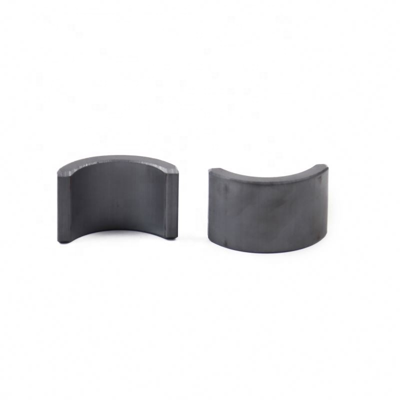 High grade permanent ferrite magnet customized size and weights black arc industrial magnet