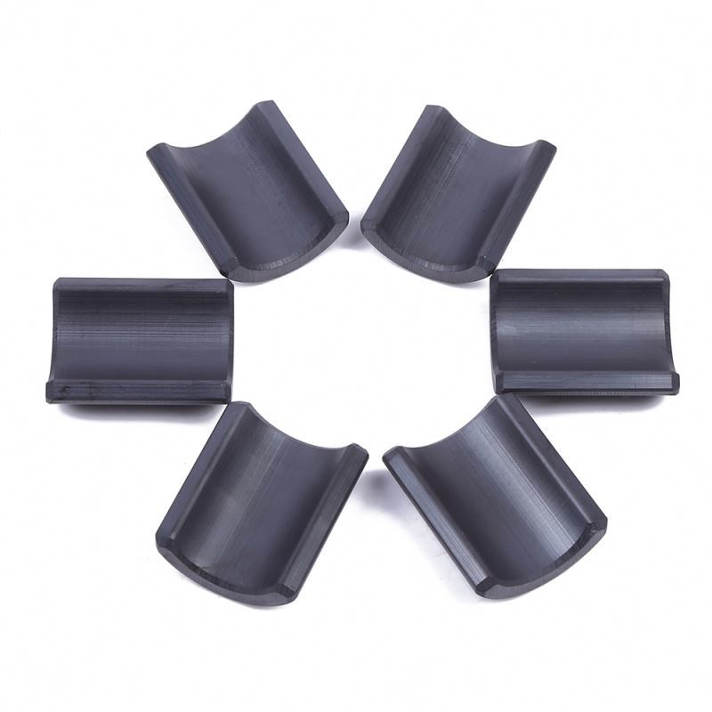 China manufacturer industrial application super strong arc ferrite magnet