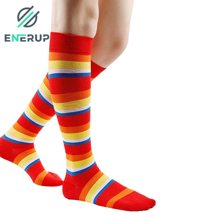 Enerup Outdoor Sports OEM Custom Logo Men Kaos Kaki Calcetines Deportes Mujer Custom Colorful Sports Athletic Compression Socks