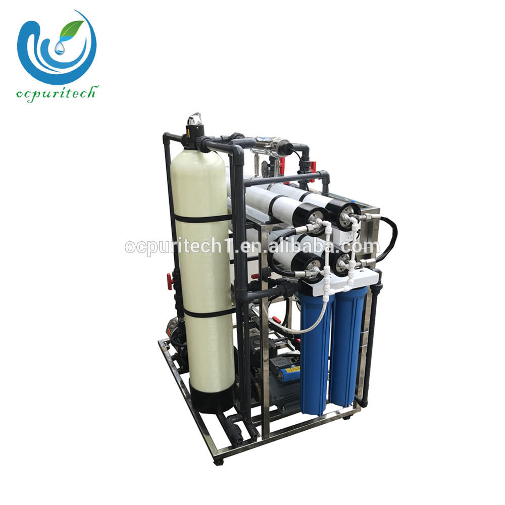 Reverse osmosis seawater desalination plant for boat use