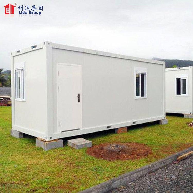 Flat pack house prefabricated