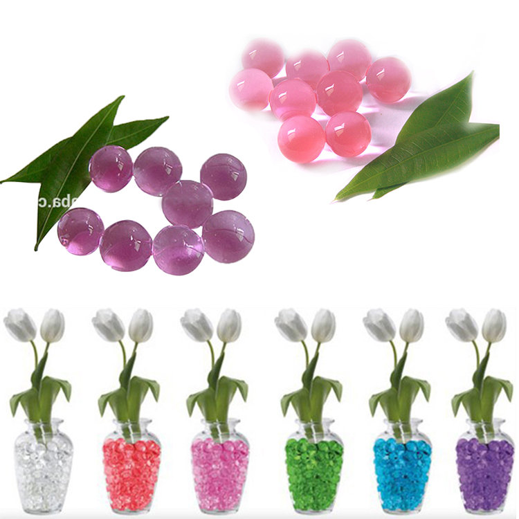 Transparent red water absorbing polymer beads