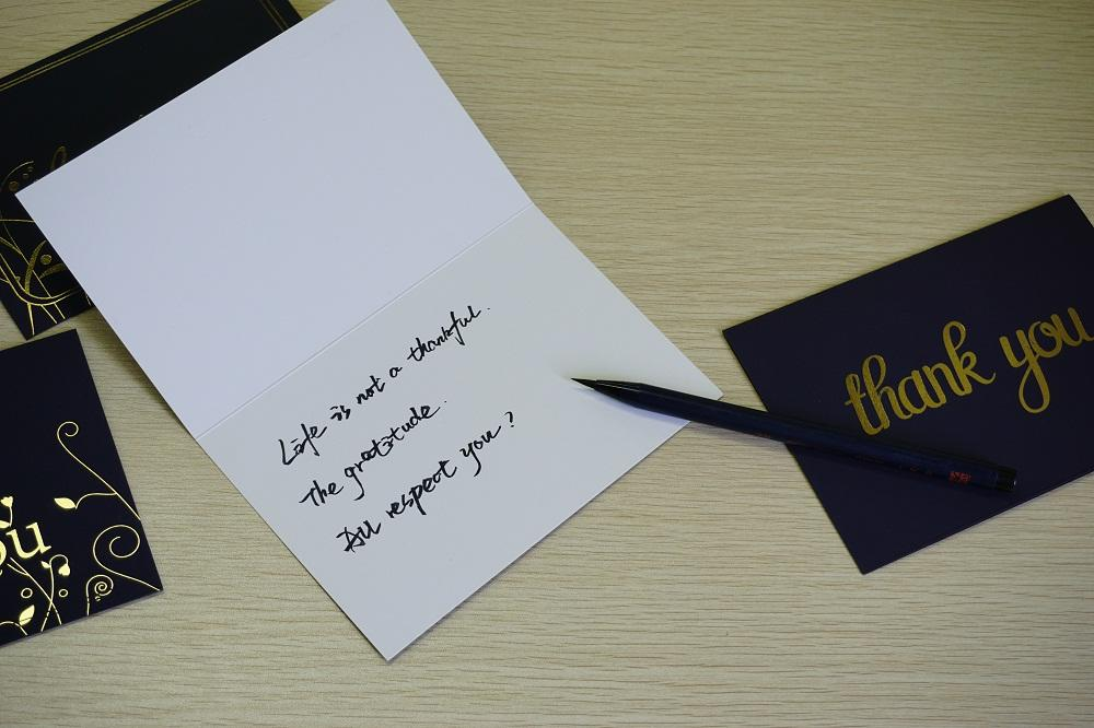 product-Dezheng-Elegant White Wedding Invitation Paper Cards With Envelope-img-1