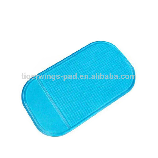 Wholesale cheap price customized shape pu mat car sticky pad