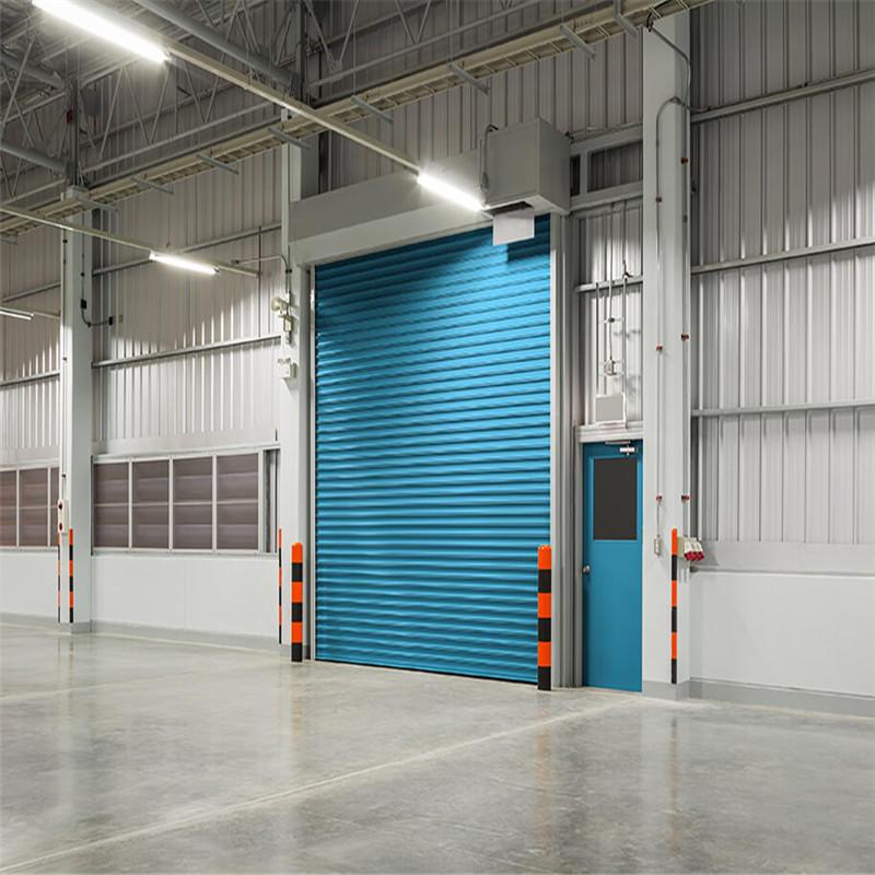 3200mm*2800mm White electric industrial lifting door 500mm door leaf