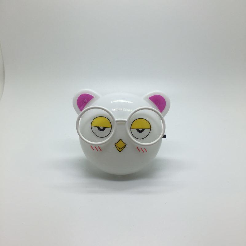 plug in night light with 0.6W and 110V or 220V W025 KITTY Animal cat shape LED SMD mini switch