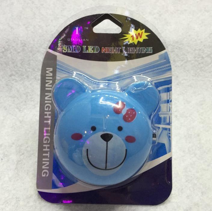 OEM W061 bear head shape 4 SMD mini switch plug in night light 0.6W AC 110V 220V