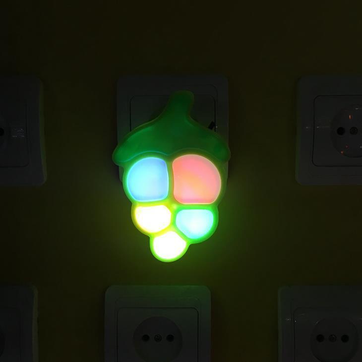 OEM W084 Fruit grape shape LED mini switch plug in plastic LED night light with 0.6W and 110V or 220V