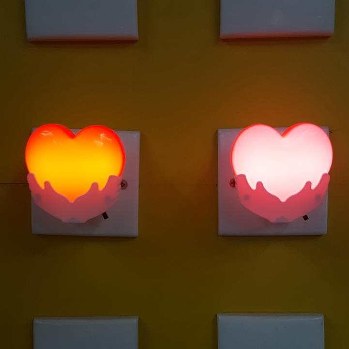 hot sale OEM W120 Heart in hand switch plug in led night light For Baby BedroomValentine's day gift