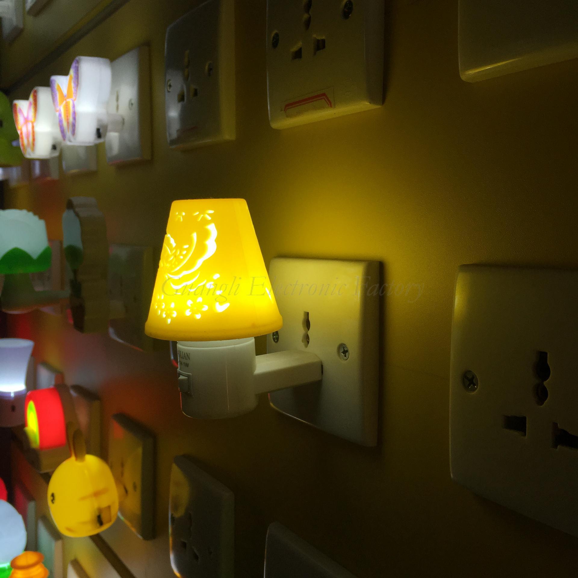 OEM butterfly Carved design shape 4 SMD mini switch Sensor plug in night light with 0.6W AC 110V or 220V W055