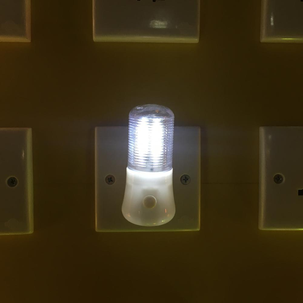 LED Night Light W038 Wall Plug-in Bright Light White Saving Energy AC Powered 0.6W 110V 220V