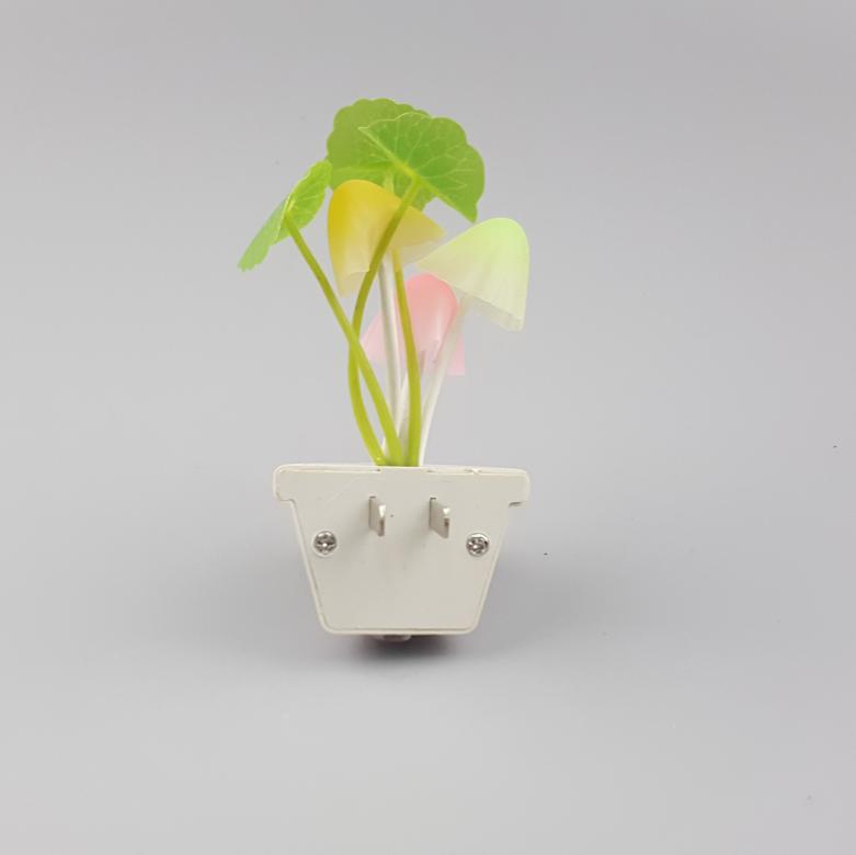 GL-007 Novelty mushroom wall lamp plug in night light decorationFor Baby Bedroom cute gift