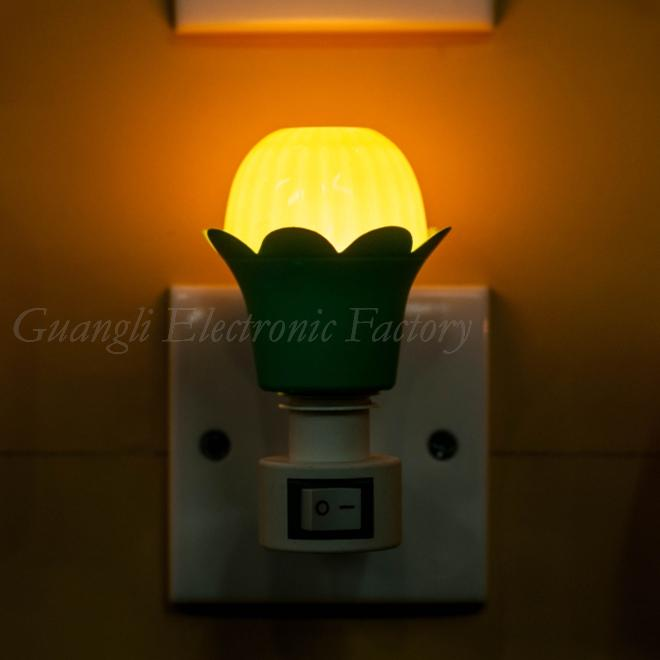 A02 flower shape mini switch nightlight CE ROHS approved HOT SALE promotional gift items