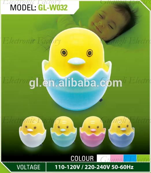 W032 Popular Nightlight Cute Mini Yellow Duck Children's Bedroom Creative Cartoon Decor Lamp EU