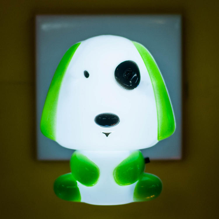 W031Rest Night Light For Baby Kids Toddler Cute Cartoon Skateboarding Dog Animals switch plug in lighting
