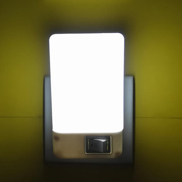 W052110V or 220V rectangle square shape 16 SMD mini switch plug in night light